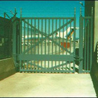 Delta Scientific Corporation SGC1000 Crash Rated Swing Gate